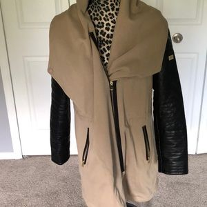 Vince Camuto heavy weight jacket w/faux leather